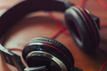 headphones-square_1920
